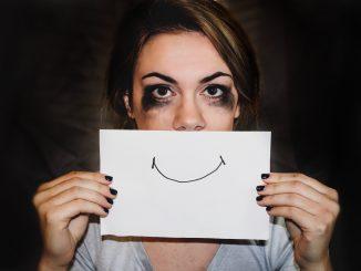 visage-triste-femme-depression